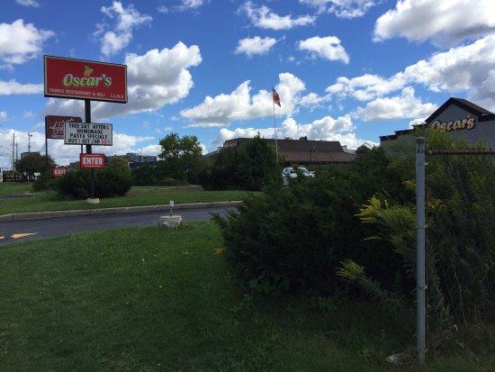 Kitchener, Canada: Oscar's Friendly Family Restaurant