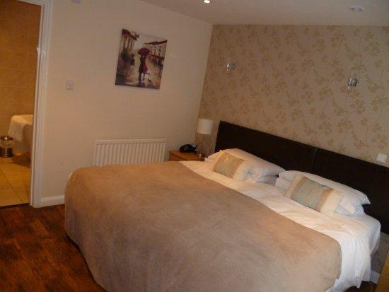 Manuden, UK: Lovely big bed