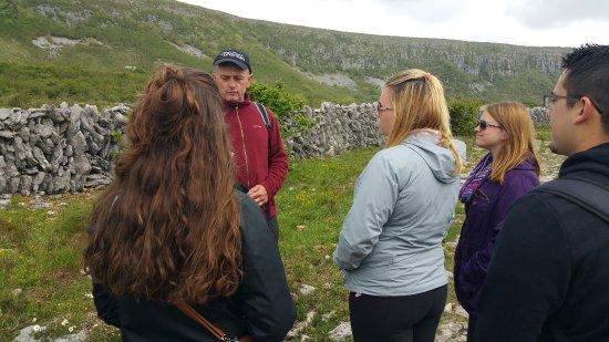 Kilfenora, Irlande : EIU study abroad group