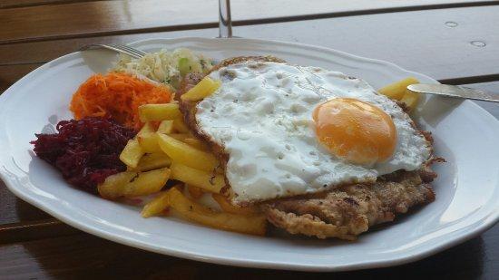 Gdow, Polen: Heerlijk gegeten vanavond.komplete maaltijd met ons 2tjes voor €12,15 inklusief rode wijn,  en b