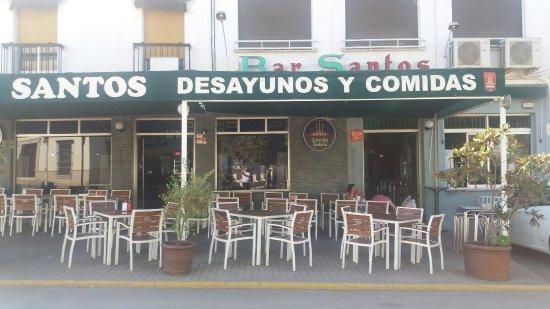 Fuente del Maestre, Espagne : Café Bar Restaurante Santos