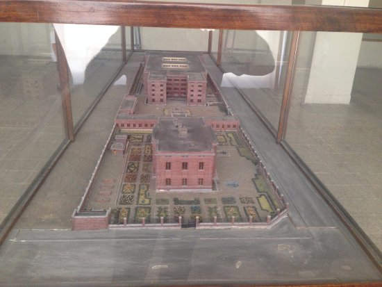 National Museum of Iran : Marquette of museum building