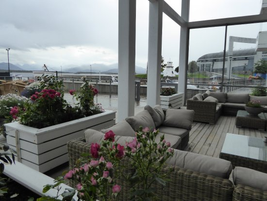 sch ne terrasse bild fr n hotell molde fjordstuer molde tripadvisor. Black Bedroom Furniture Sets. Home Design Ideas