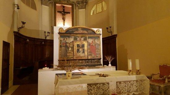 """Chiesa di San Francesco: Ołtarz i """"Chrystus zmarły i Święci """""""