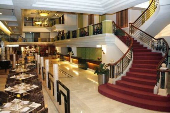 The Royal Mandaya Hotel: The perfect hotel in downtown Davao.