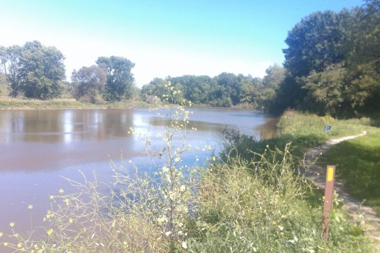 Manitowoc, Wisconsin: river in summer