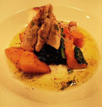 Bearsted, UK: Lemon and herb chicken breast on butter nut squash with wilted spinach