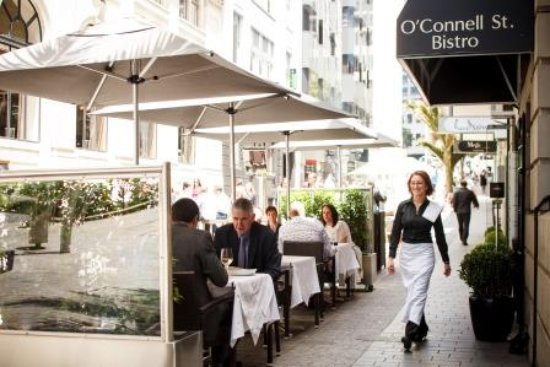 O'Connell St Bistro: Outdoor dining
