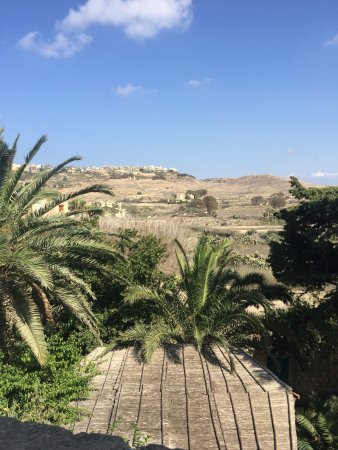 Ghasri, Malta: Afternoon views from the balconey
