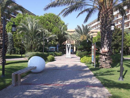 Voyage Belek Golf & Spa: Gardens