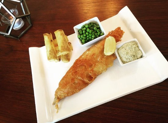 Bingham, UK: IPA Battered Fish & Fat Chips!