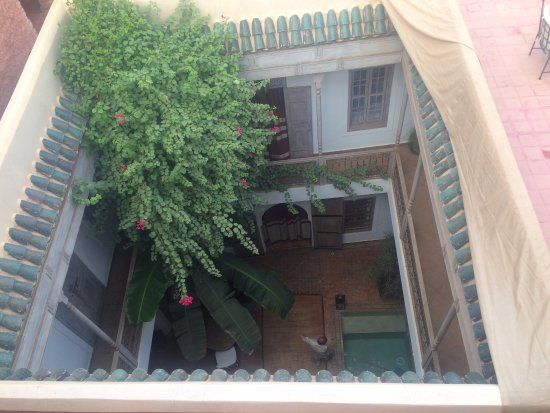 Riad Altair: Looking down into the courtyard from the veranda.