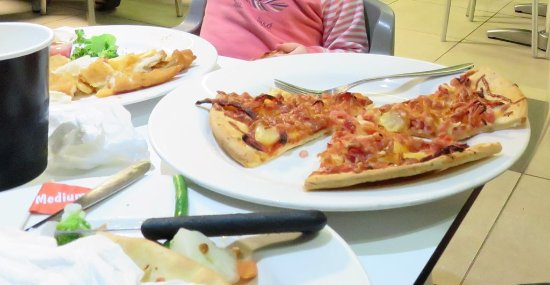 North Shore Tavern: Kids meals pizza and fish with chips & salad.