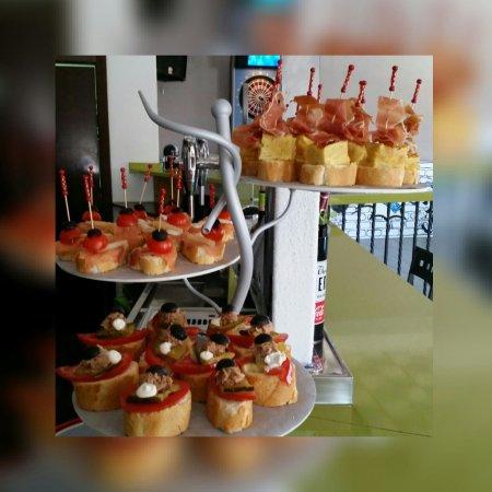 Cuerva, إسبانيا: Comic food&pub