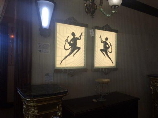 Kelly Art Deco Light Museum: Lighted Wall Art