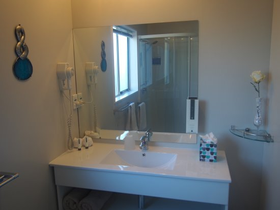Chardonnay Motor Lodge: 1 Bedroom Bathroom