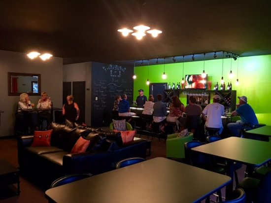 "Decatur, IN: Premier Golf's ""The Wine Bar"" interior & Bar"