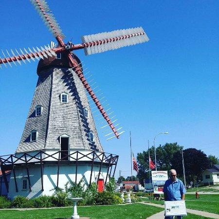 Elk Horn, IA: Windmill