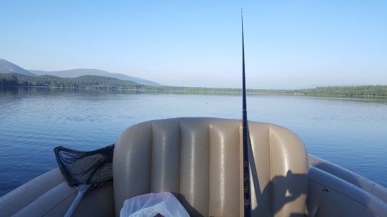 Aviemore, UK: Boating and fishing available