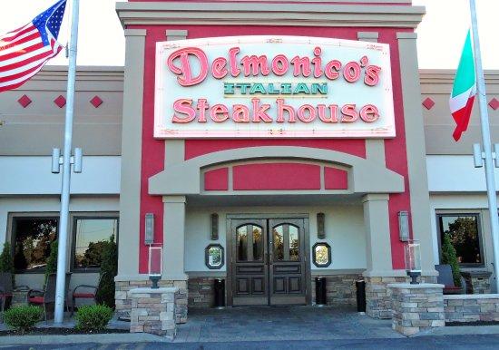 Delmonico's Italian Steak HSE : Face