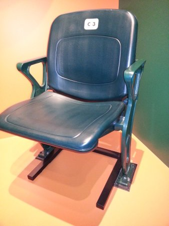 South Williamsport, Pensilvania: George Bush stadium chair.