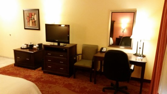 Hampton Inn & Suites Denver Highlands Ranch: King Size, Handicap-Accessible Room