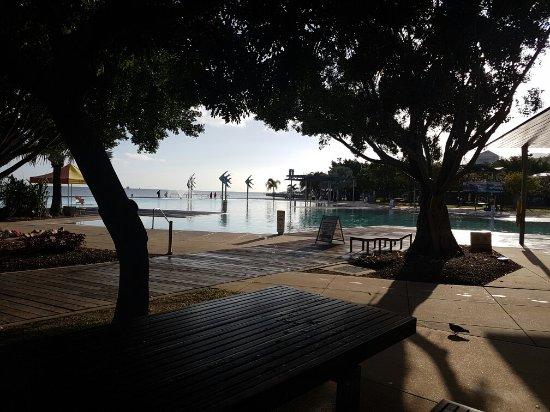 Cairns Esplanade Swimming Lagoon: 20160909_072923_large.jpg