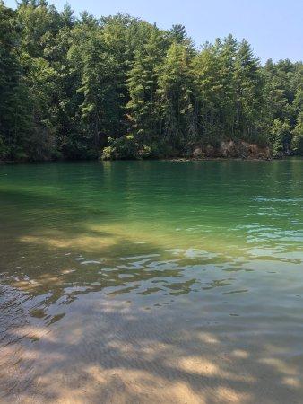 Devils Fork State Park: Lake Jocassee
