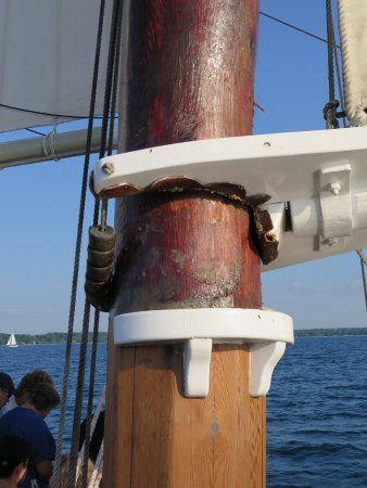 Tall Ship Manitou - Day Tours: Boom attached to main mast