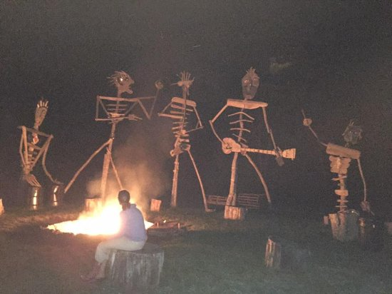 Great River Outfitters And The Path of Life Garden: Hanging around the bonfire with the driftwood band