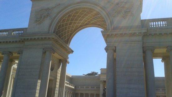 Legion of Honor: beautiful building