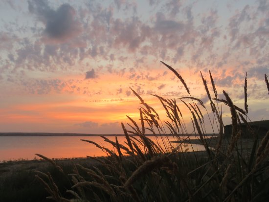 Riverhurst, Kanada: Enjoy a Saskatchewan sunset on Lake Diefenbaker!