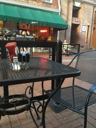 Historic Downtown Mall: Historic Downtown Mall