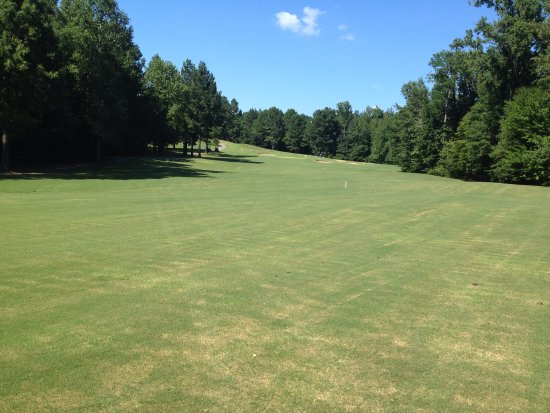 Henderson, TN: no. 18 fairway