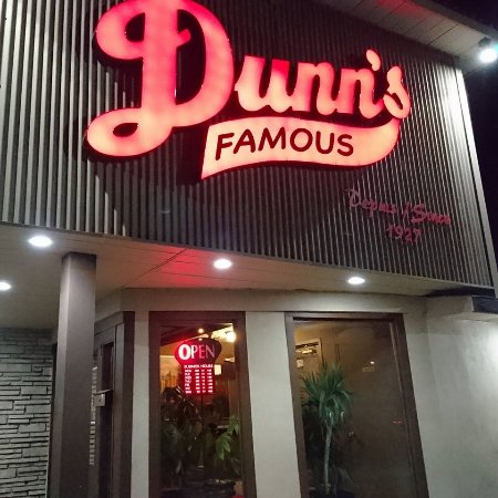 Dunn's Famous Bank Street Deli: outside