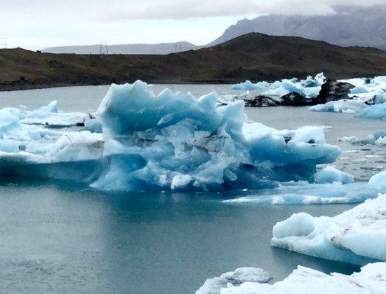 Iceland Travel - Day Tours: Jokulsarlon glacial lagoon