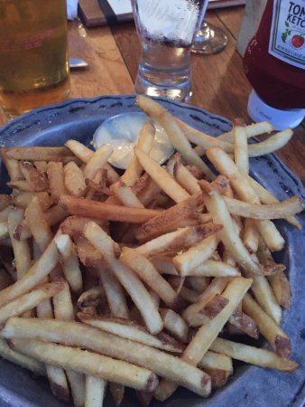 Nor'East Beer Garden: Lemon fries