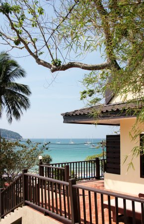 All Seasons Naiharn Phuket : Family Suite room seaview