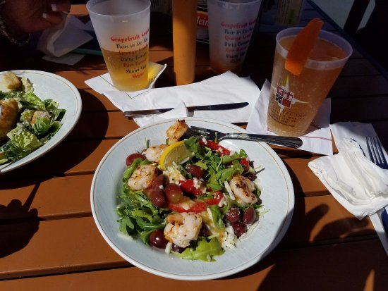 Chesapeake City, MD: Grilled Shrimp Arugula13.99 grilled jumbo shrimp, wild arugula, kalamata olives, red grapes, rao