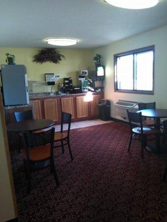 Brainerd, MN: Tiny Breakfast Room