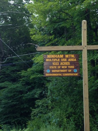 Kent, Estado de Nueva York: Nimham Mountain enterance from the road