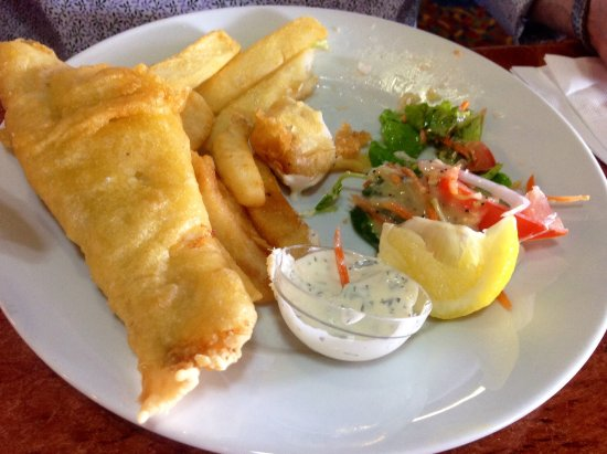 Wodonga, Australia: Great Fish and Chips cooked to perfection.