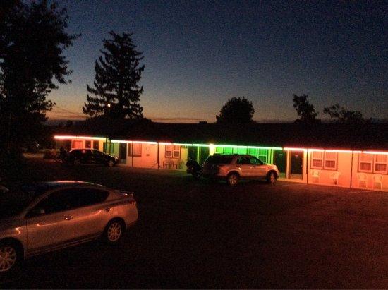 Bell's Motor Lodge Motel: photo8.jpg