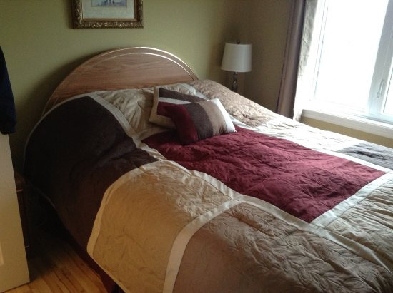 Jeannie's Sunrise Bed & Breakfast: Fresh and comfortable queen beds
