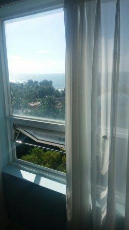 Nam Hai Hotel: 20160913_080003_large.jpg