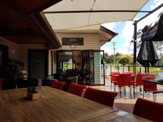 Mount Tamborine, Australia: Outdoor eating area