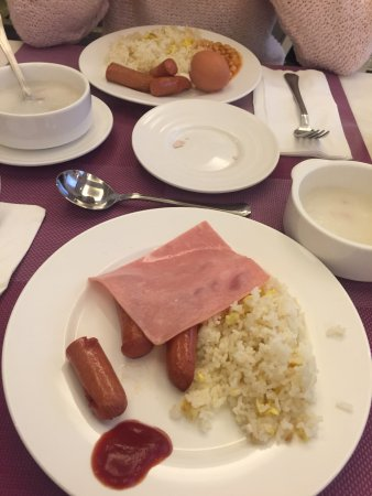 Silka Seaview Hotel: Breakfast buffet