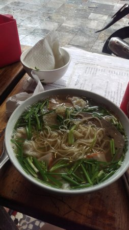Old Quarter: pho , beautiful