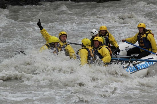 Wild Water Adventures: Yep, I'm the one with my hand in the air!
