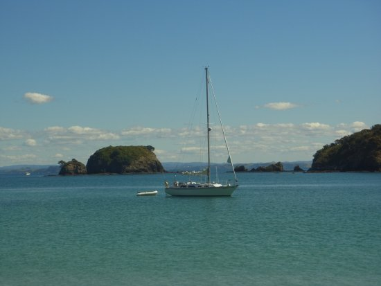Bay of Islands, Nova Zelândia: She's a Lady anchored for lunch
